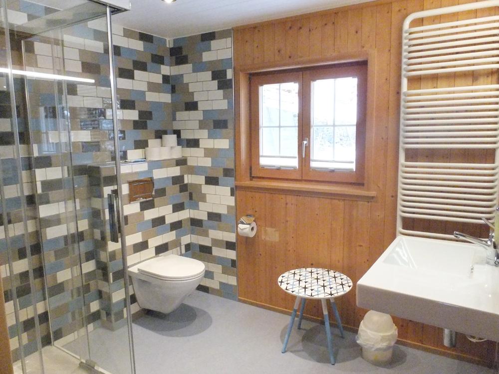 Gemeinschafts Badezimmer - BnB