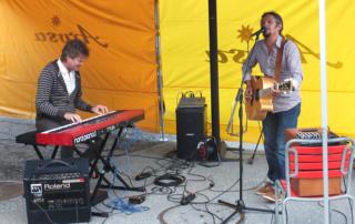 EssBar mit musikalischer Unterhaltung